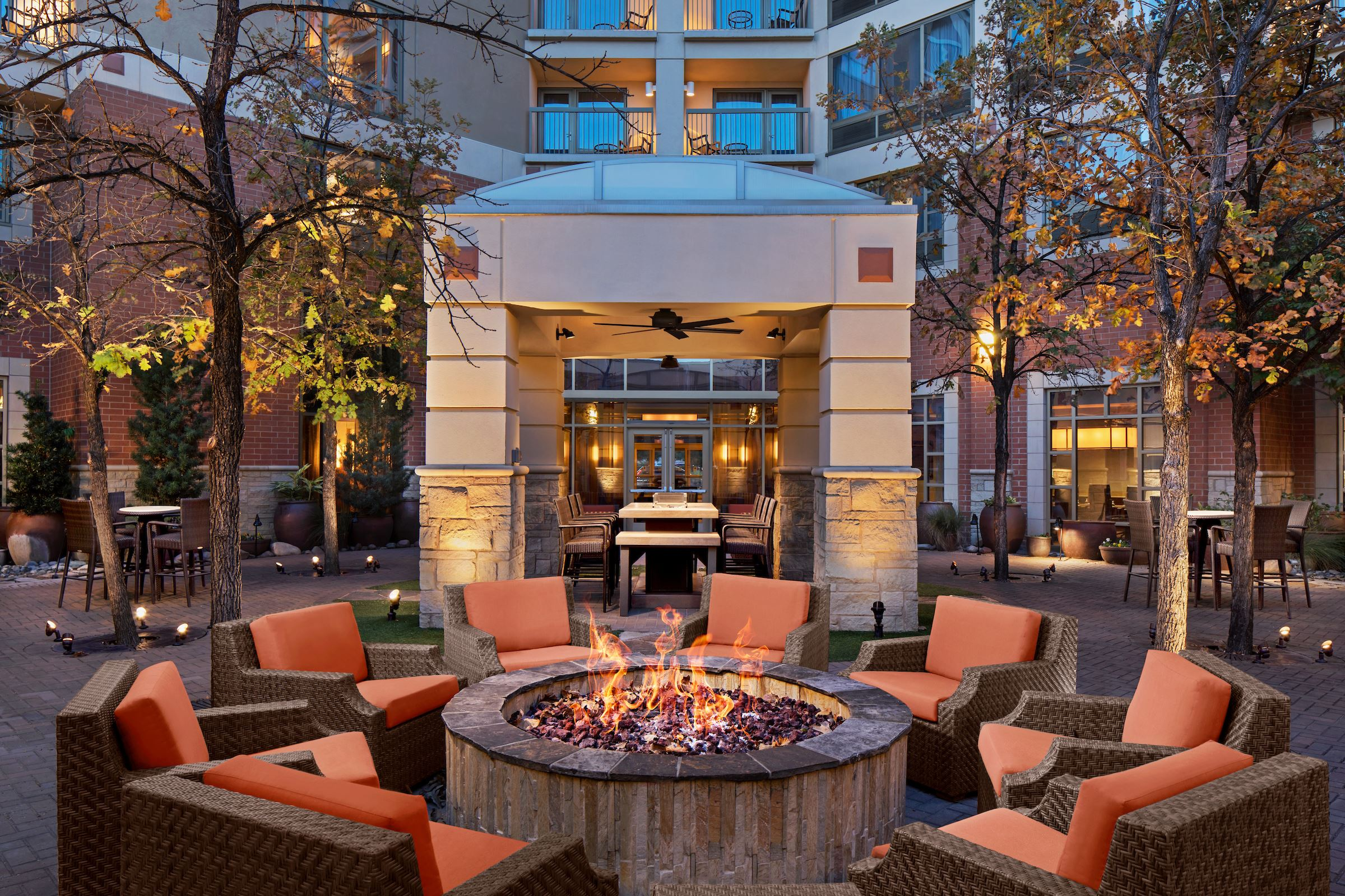 COURTYARD ALLEN DALLAS TX Fire pit