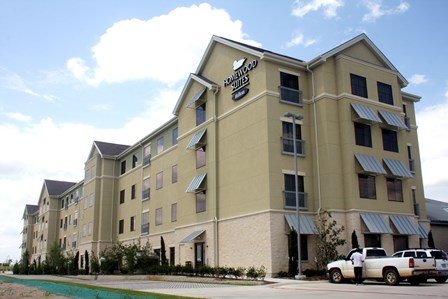 Allen's Homewood Suites has 750 square feet of meeting space and 114 guest rooms