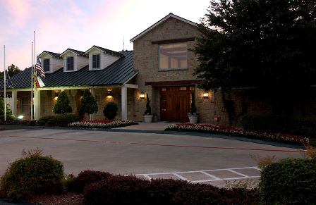The Golf Club at Twin Creeks Clubhouse is a scenic setting for groups of up to 60
