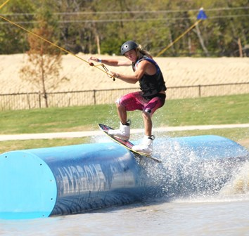 With a full, state-of-the-art cable system, two beginner systems, a pro shop and shaded beach areas, Hydrous is the best cable wakeboard park to get your shred on.
