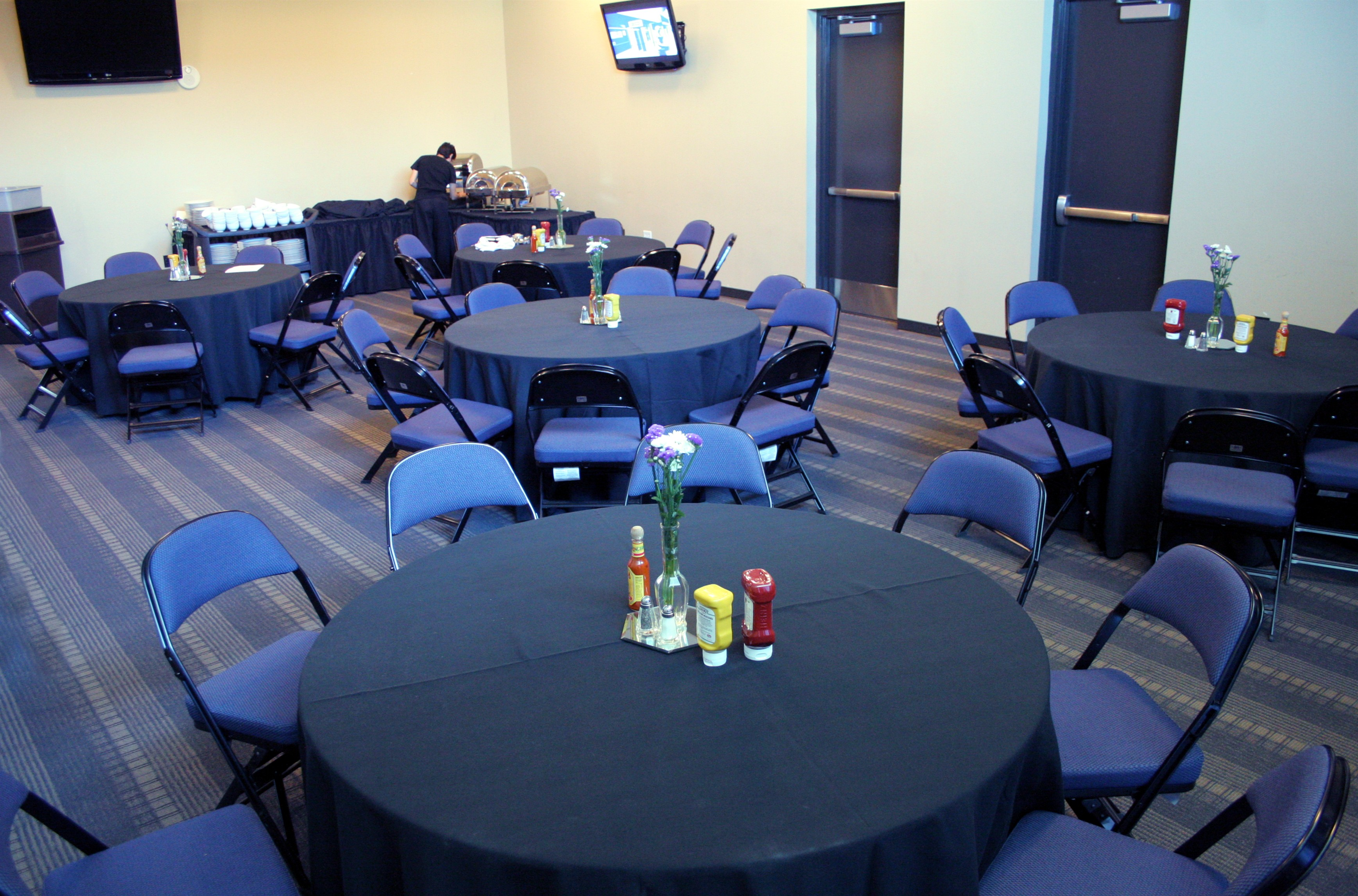 Allen Event Center has two meeting rooms that can be combined for nearly 900 square feet of meeting space that can accommodate between 60 and 100 people in a banquet, classroom or boardroom set-up