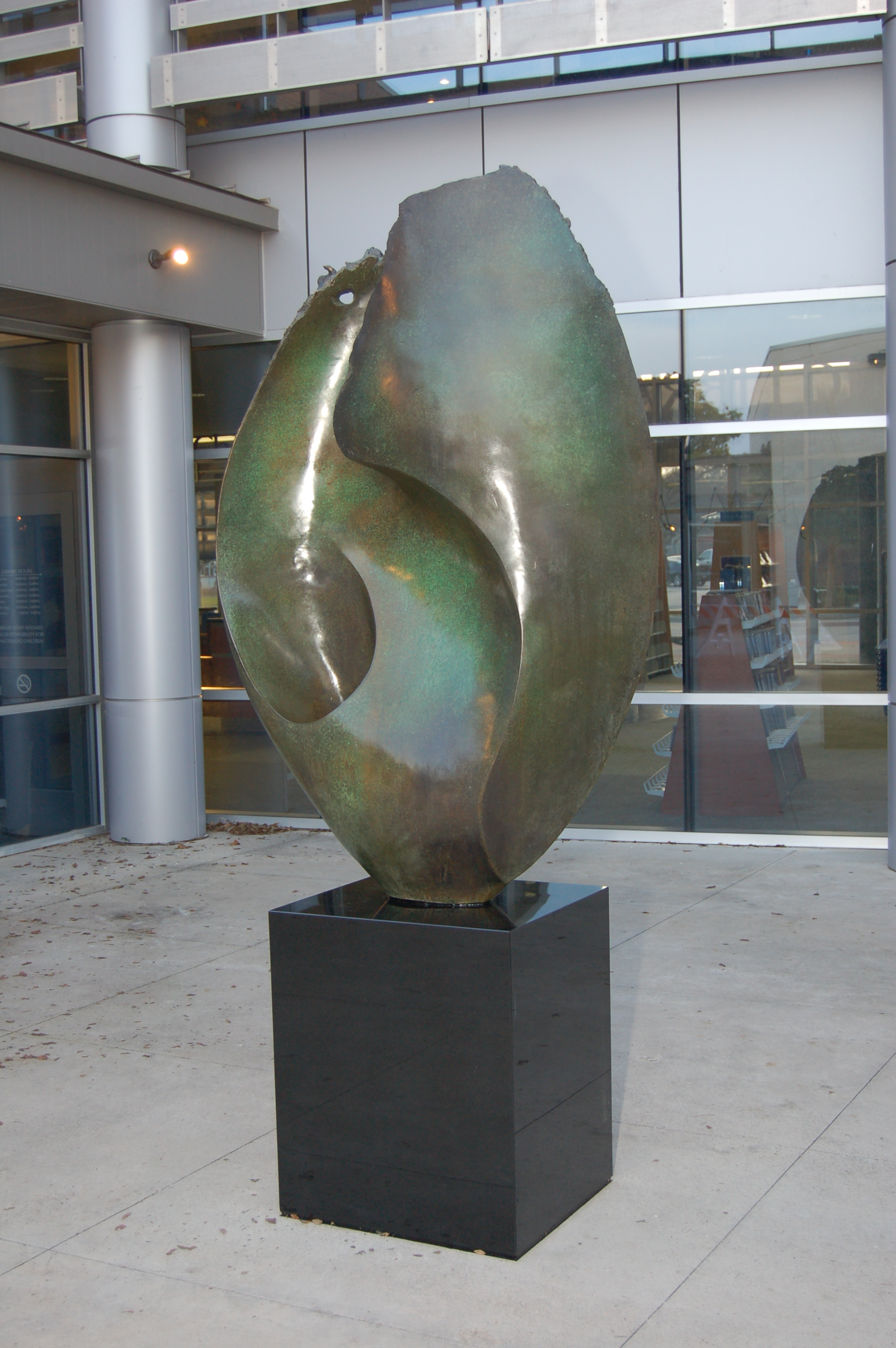 Oceano, Roger White Stoller, is a part of Allen's growing public art collection